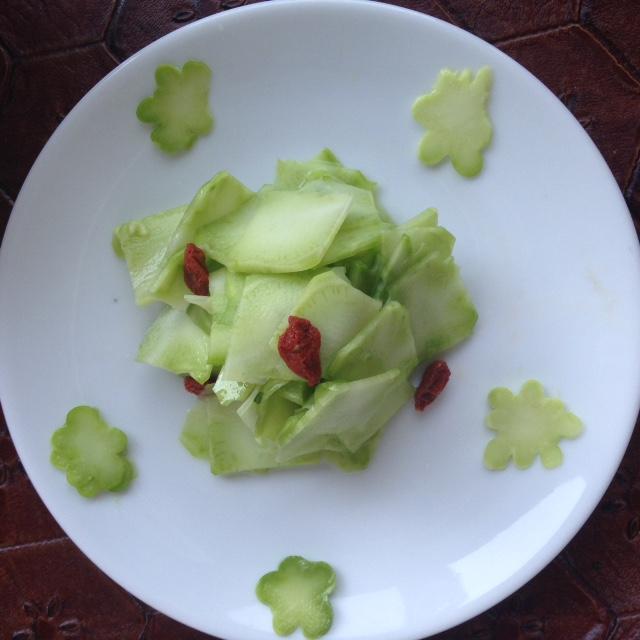ブロッコリーの茎の浅漬け