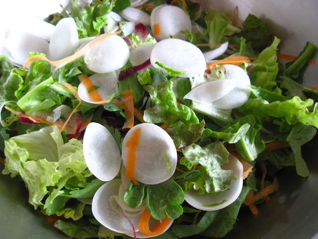 カブスライスのサラダ