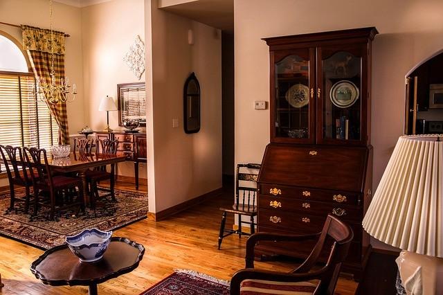 dining-room-670242_640