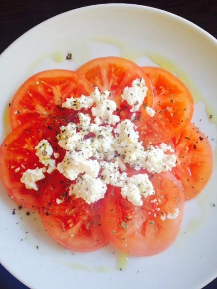 リコッタチーズとトマト