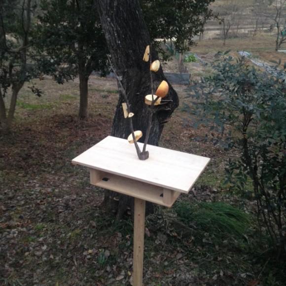 野鳥の餌台の設計図アイディアお願いします -庭に …